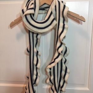 Talbots ruffle scarf in Navy & off-white~Like New~